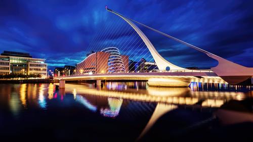 Photo 5.4 Samuel Beckett bridge in Dublin (1).png