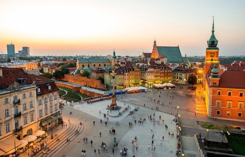 Poland facade 3.jpg