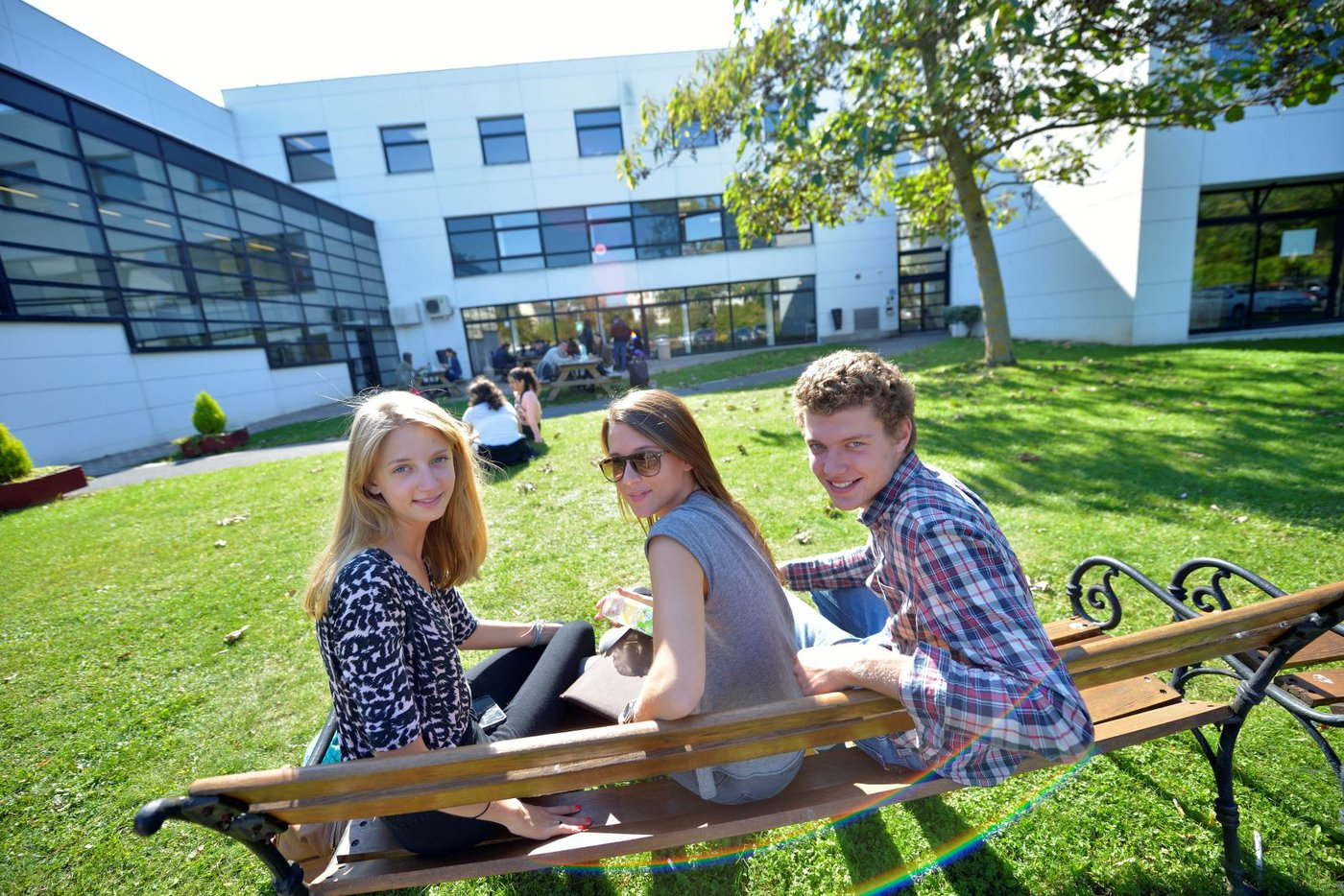 NEOMA Reims campus.jpg