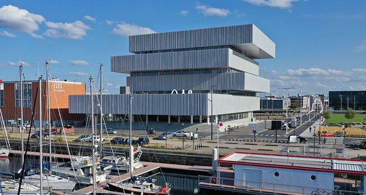 french-business-school-campus-le-havre.jpg