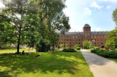 uczelnia
